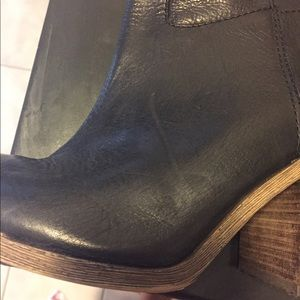 Lucky Brand Shoes - 💯% Authentic Lucky Boots